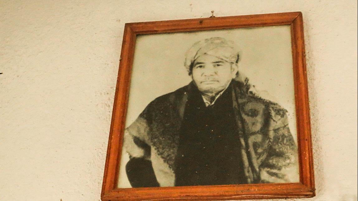 Buya  Mukhtar Ambai